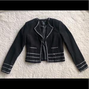 🖤Anne Carson black jacket with white trim